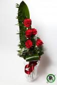 5 szál rózsa csokorban